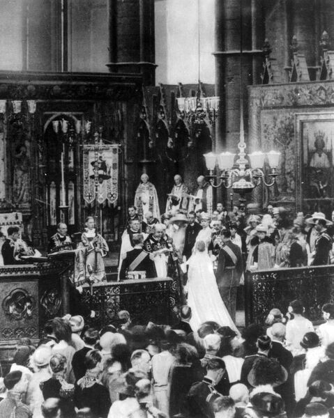 Elizabeth Bowes Lyon (Queen Mother) marries Duke of York (George IV)  Wedding ceremony held at Westminster Abbey  1923