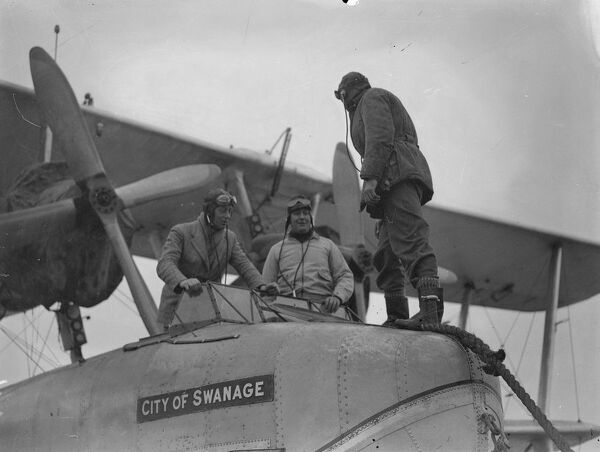 Following the decision approving the start of Atlantic survey flights next year and commencet of an experimental air mail serviceshortly after, Imperial Airways pilots are receiving flying boat instruction at a Hamble , Hampshire , flying school