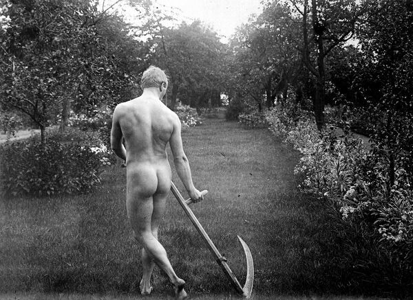 Study of nude. France, about 1900. RV-36252 scything farming harvest Poldark agriculture rural life england tradition traditional
