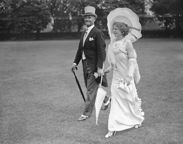 Indian Empire Garden Party at Hurlingham  Mrs Grosvenor - Collins ( wife of Major Grosvenor - Collins, of Welwyn, Hertfordshire )  1 July 1935
