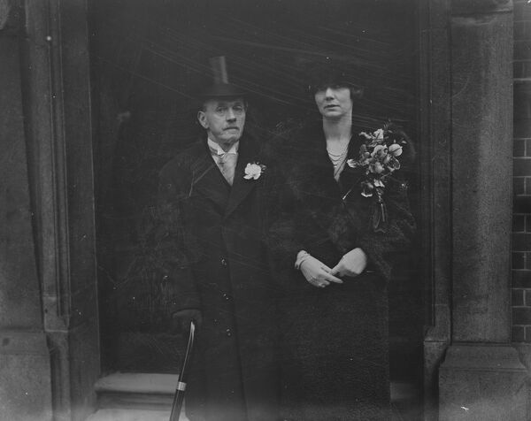 Lord Blyth and Mrss M Cole were married at Princes Row Register Office.  Bride and Bridegroom.  12 January 1927