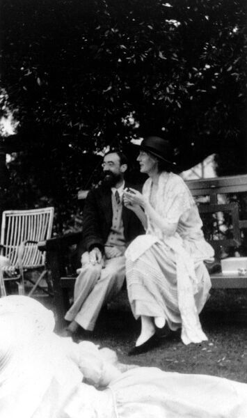 Lytton Strachey and Virginian Woolf