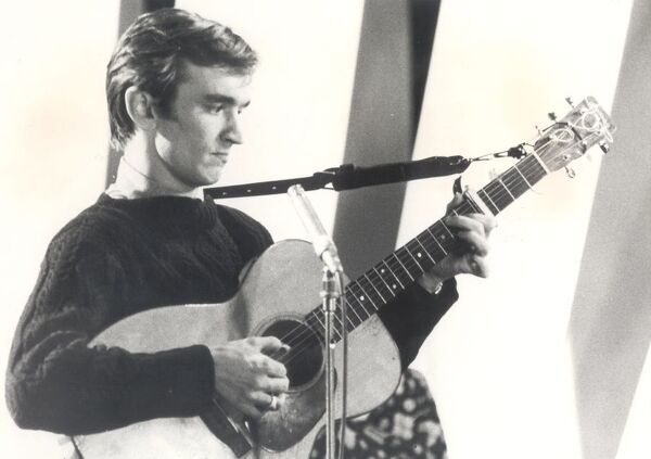 "Martin Carthy   Folk singer who is to appeared on ABC Television's ""Hallejuah"".   Undated"