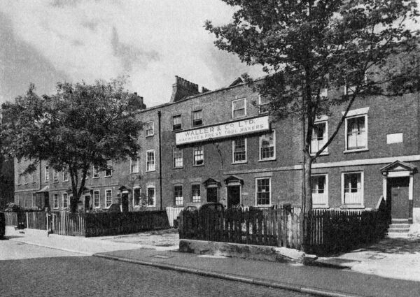 Nos 28-42 Vauxhall Walk South East London 1950 History of London - Vauxhall / Lambeth