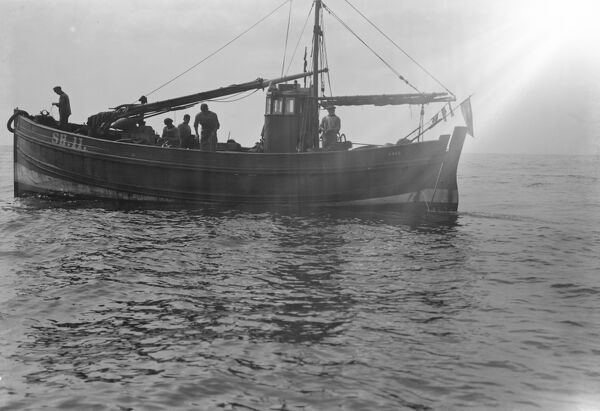 A Scarborough long line fishing in North Sea  1931 Fish where the fish are!