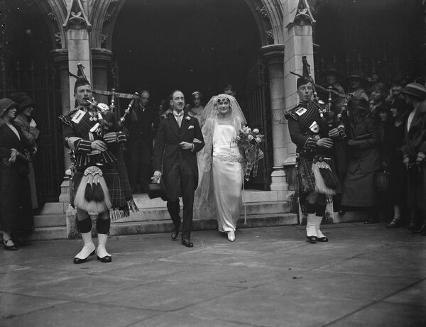 Wedding of the Earl of Galloway and Miss Philippa Wendell.  The wedding of the Earl of Galloway and Miss Philippa Wendell took place at St Margaret 's, Westminster.  Bride and bridegroom.  14 October 1924