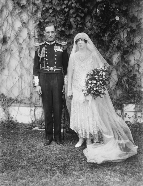 Wedding of Lady Margaret Scott and Lt Commander G Hawkins in CApe Town  Bride and bridegroom  8 March 1926