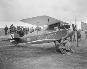 The Air Race of the Year Mr Raynham ' s Martynside Semi Quaver 2 October 1920