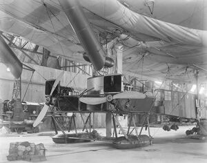 Airship C 7 One of our large coastal airships The main cabin and engine 1920