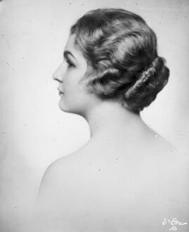 Beauty and her ' Bun '. Mlle Maria Schuster, daughter of Dr Schuster of Vienna