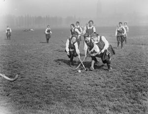 Bedford College Students Hockey at Paddington 20 March 1920
