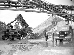 Bedford truck and machinery at the Sand & Gravel Co Ltd gray gravel pit in Sidcup, Kent