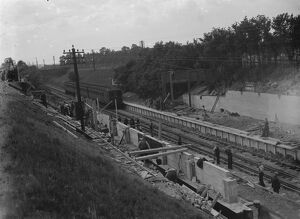 Building the new Albany Park train station. 1935