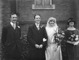 Cambridge Athlete ' s wedding Mr E D Mountain and Miss M Pickford were married