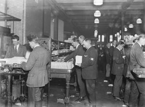 Christmas at the General Post Office, dealing with the parcels at Mount Pleasant 18