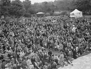 The crowd at the Dartford Carnival in Kent. 1939