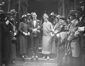 A doctor ' s mayfair wedding Mr J B G Muir, M B, B S, F R C s, and Miss Eleanor