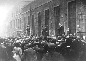 Dundee, Scotland. Mr Winston Churchill, Liberal candidate addressing workers at a