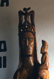 Easter Island - Birdman cult - Birdman carving in the guise of the Holy Ghost, descending