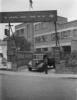 The entrance to Macready ' s Metal Company, Pentonville Road. 4 October 1937