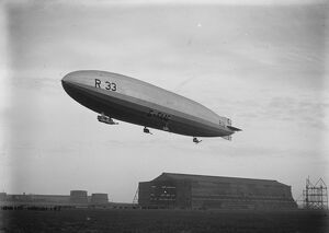 First flight of a British airship for over three years. R33 leaves Cardington Aerodrome
