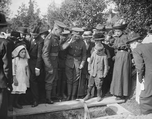Funeral of victims of air raid at Essendon 3 September 1916