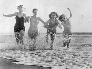 They got a kick out of the sea. Photo shows: Four of Hollywood's film actresses