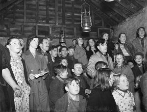 Gypsy children ' s Sunday school in the cow shed in St Mary Cray