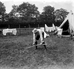 Harvesters camp at Weasenham, Norfolk, where schoolmasters and clergymen are helping