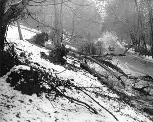 Heavy snow falls on 26th April 1950 The scene at Polhill, Kent after the heavy fall