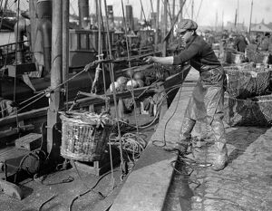 Herring Fishery at Great Yarmouth , Norfolk , England The quayside with the steam