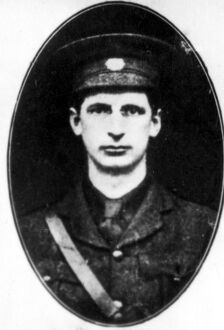 Irish Republican Army : Eamon de Valera , a leader in the insurrection of May 1916