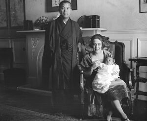 Japanese Poet ' s English Bride Mr Gonnoske Komai, with his wife and baby 29 December