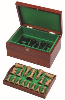 Jaques Classic Staughton Chess Set ?2005 TopFoto/Jaques