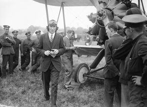 The Kings Cup Air Race. Squadron Leader Sir Christopher Brand KBE, DSO. 9 July 1926