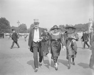 The Kings Garden Party Buckingham Palace Sir W and Lady Davidson and their daughter