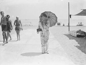 On the Lido Striking Pyjamas 1927