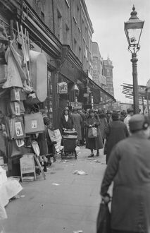 London - The Typical Street Market scene , Lambeth Walk 18 October 1932 History