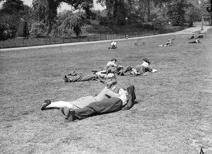 Lovers in Hyde Park May 1947 love couple romance romantic for valentines day be
