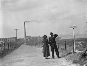 Lovers Lane, Swanscombe. <br> 1938