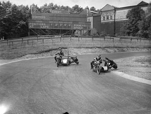 Motor cyclists had a final practice on the Crystal Palace Road Racing Circuit for