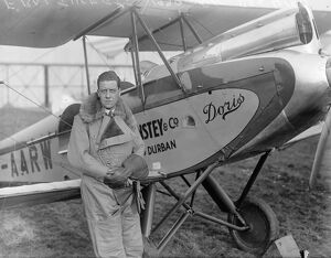 Mr F Roy Tuckett who is to fly to the Cape to try and beat the record. 7 November 1929