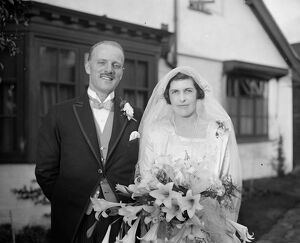 Mr W Mappin ' s daughter weds. The marriage of Miss A Mappin with Mr E Oldham took