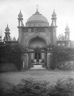 An open - air ceremony at the Woking mosque. 25 July 1923
