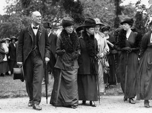Queen Alexandra (left) her sister the Dowager Empress Marie of Russia who has been
