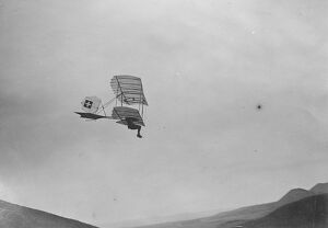 1920s/air flying machines/remarkable motorless aviation meeting swiss chardon