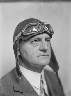 Retired American buisness man to fly round the world. Mr George H Storck. 7 September
