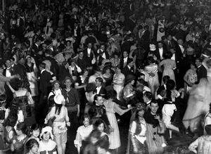 Selfridges Ball at the Albert Hall c. 1925 dance / dancing / party season / celebration