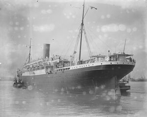 At Tilbury, Australia liner SS Euripides 28 March 1923
