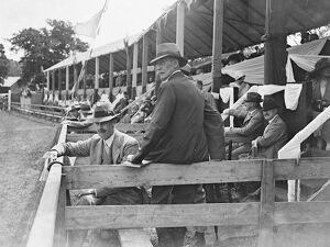 Tunbridge Wells Agricultural Show Hon E Mostyn ( Sitting ) and Lord Henry Nevill 2
